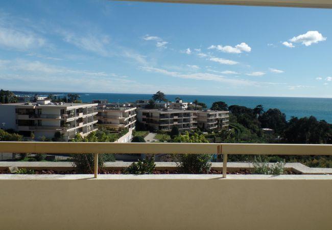 Appartement à Cannes - 209L LAUR - Superbe appartement, terrasse vue mer
