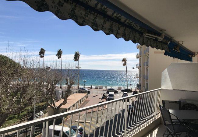 Appartement à Cannes - 227L LHOT -  Emplacement idéal, belle terrasse vue