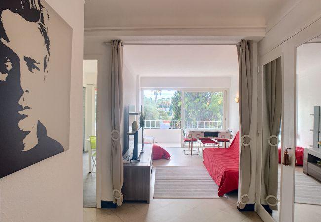 Appartement à Cannes - 239L CHAM - Bord de mer, au calme