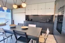 Appartement à Cannes - Belle terrasse vue mer à 2 pas des plages 245L/SCA