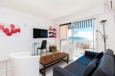 Appartement à Cannes - Situation & vue exceptionnelles 136L/CRISI