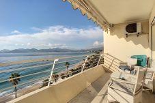 Appartement à Cannes - Situation & vue exceptionnelles 240L/CAUL