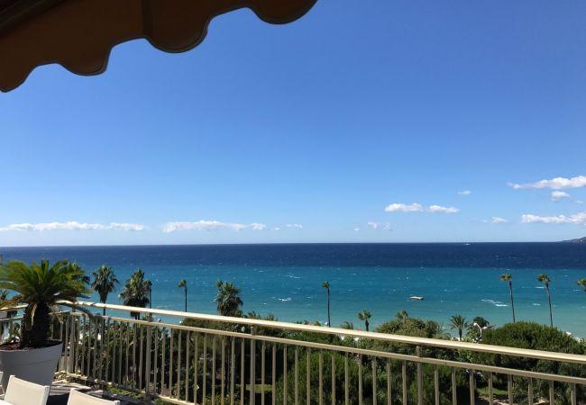 Apartment in Cannes - 233L DUQ - Villa sur le toit superbe vue à 2 pas d