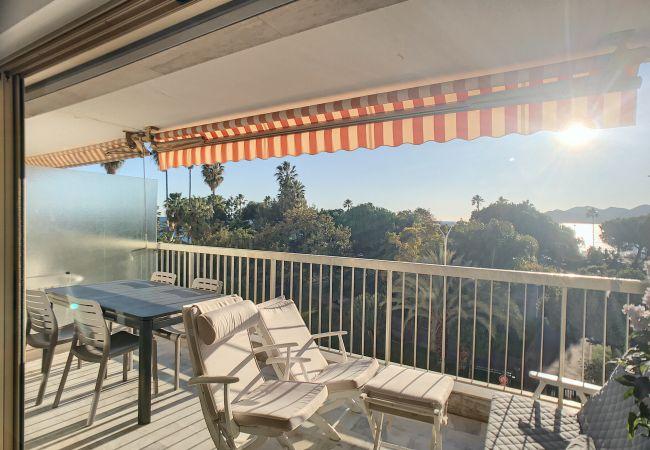 Apartment in Cannes - 238L ZAM - Situation exceptionnelle, très bel app