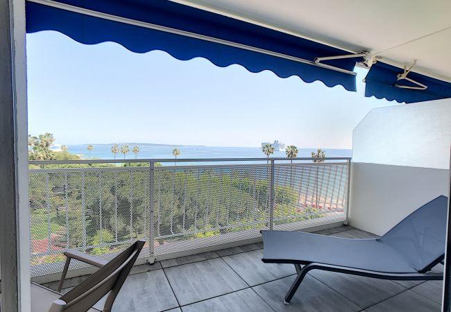 Apartment in Cannes - 245L  SCA - Belle terrasse à 2 pas des plages