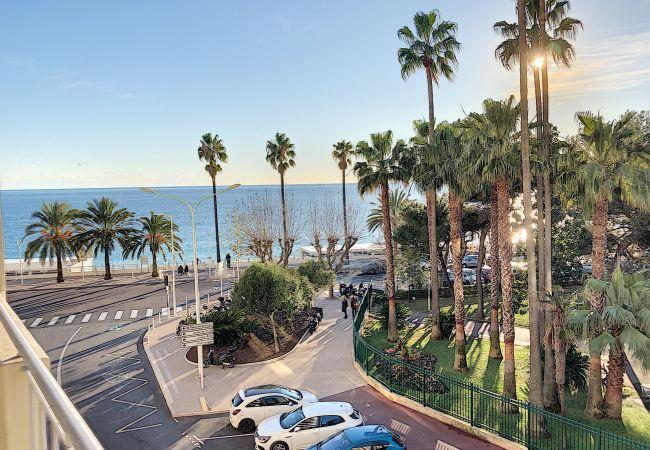 Apartment in Cannes - 268L BRIAC studio à 2 pas des plages du Midi