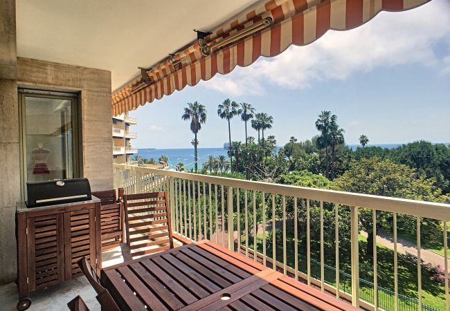 Apartment in Cannes - 269L FROST Superbe appartement vue mer